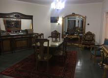 شقه مفروشه 300 متر مكان هادي ومميز