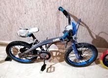 دراجات للبيع مع بعض يبو شوية حاجات