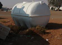 خزانات (تناكي) مستعملة للبيع استعمال بسيط بحالة ممتازة مع ضمان