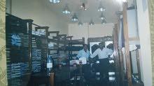 ديكور  محل ملابس كامل جاهز لتركيب خشب صلد سويد