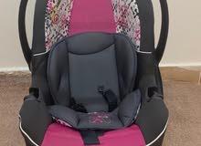 كرسي أطفال للسيارة