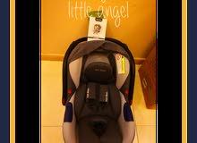 مقعد سياره للأطفال ماركه امريكيه hot mom