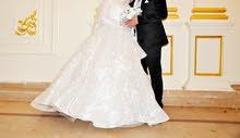 فستان زفافا بديل