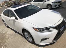 For sale 2017 White ES