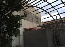فيلا في شارع دبي على شارعين الجهه المقابلهشيل الداقدوستا تاريخ البناء 1969