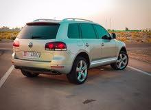 Volkswagen Touareg 2010 V6 Sport Full-Option. Lady driven