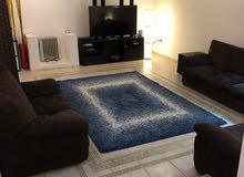 Villa with Pool in Abu Al Hasaniya