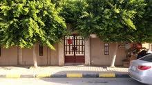 منزل للبيع بي حي الاندلس بي شارع الكوخ