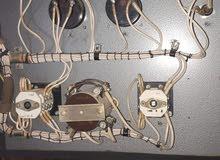 صنديق ومفتيح كهربائيه للبيع