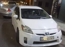 سيارة بريوس 2011 للبيع