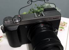 للبيع كاميرا Lumix GX85 + عدستين
