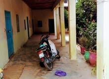 منزل ترابي للبيع ملكية مساحته 500 متر