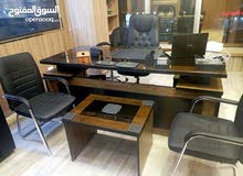 مكتب مدير + جانبية وطاولة فقط 250 د