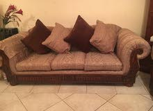 complete set of 3 sofas in Good condition