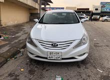 White Hyundai Sonata 2010 for sale