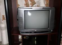 تلفزيون داوو مع الطاوله تلفزيون كبيره