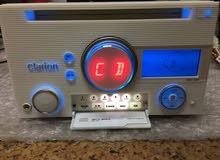 مسجل ياباني أصلي Clarion طبقتين CD / AUX / USB