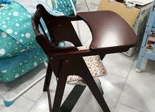 كرسي اطفال خشبي