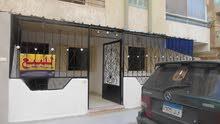شالية غرفه وصاله بجوار الخدمات العامة والشارع الرئيسي مسجل في النخيل