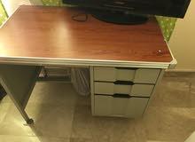 مكتب حديد metal desk