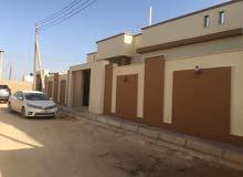 فيلا فخمة سوبر لوكس في حي قطر على شارعين تشطيب راقي جدا فيلا أرضية  0910235632