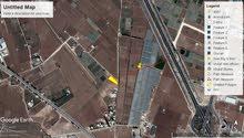 ارض للبيع طريق المطار مقابل ايكيا مساحه 3900م وبجانب جامعة الزيتونه