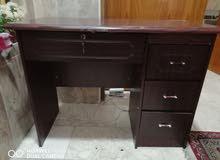 ميز مكتبي عرض متر نظافة 90 بالمية