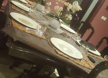 طاولة طعام 8 كراسي