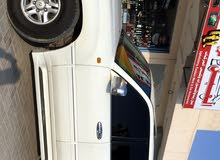 White Lexus LX 2000 for sale