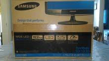 شاشة samsung قياس 19 LED wide screen
