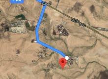 للبيع ارض 64 دونم في الموقر الحمد والقضاه