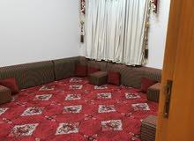 شقه مفروشه للايجار تتكون من خمس غرف