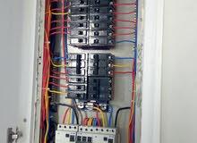 فني كهربائي الي جميع اعمال الكهربائية