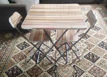طاوله +كرسين +ميكرويف