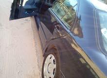 سيارة مرسيدس بنز E200 كمبرسور موديل 2001
