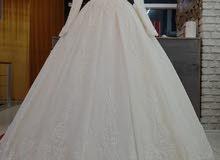 wedding dress  فستان تركي ملكي مميز للبيع بسعر مغري ..