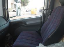 سيارة نقل مرسيدس 10 طن موديل 2002ماشية 58000 محرك 4كهربائي
