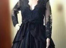 فستان دانتيل 300