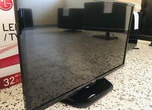 LG 32 inch TV screen