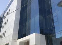 مجمع جديد وحديث في العبدلي(مقابل مجمع بنك الإسكان) بمساحات متنوعة وتشطيبات مميزة