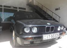 For sale 1990 Black 320