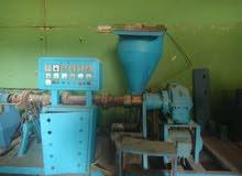 مصنع بلاستيك للبيع ( إمكانية بيع ماكينات لوحدها)