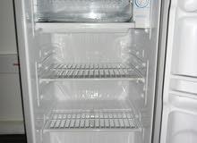 Samsung SRG-118S Refrigerator