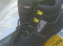 معداة السلامة الشخصية ( احذية / خوذ/ قفازات / يونفورم)