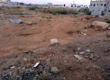 ارض للبيع في العارضة حي الروابي 40_30عند سوق الخميس وعلى شارع عام