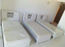we are selling Brand new white beds