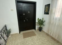 شقة للبيع جنب شيل فرحات ومدرسة الحسين