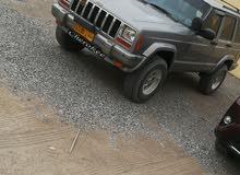 لبيع جيب شروكي موديل 2000 نضيف تجديد عمان والامارات