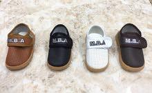 حذاء طفل للبيع اربع الوان