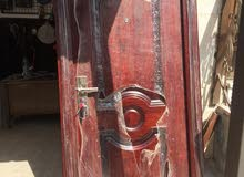 أبواب حديد أمان وخشب للبيع بسعر مغري